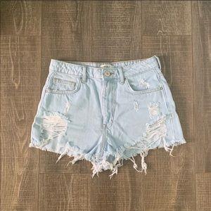 Light blue shorts 💙